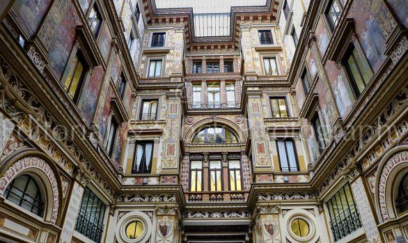 Galleria Sciarra, una passeggiata Liberty a Roma